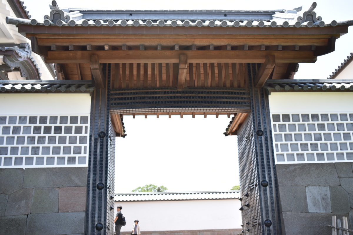 河北門の一の門