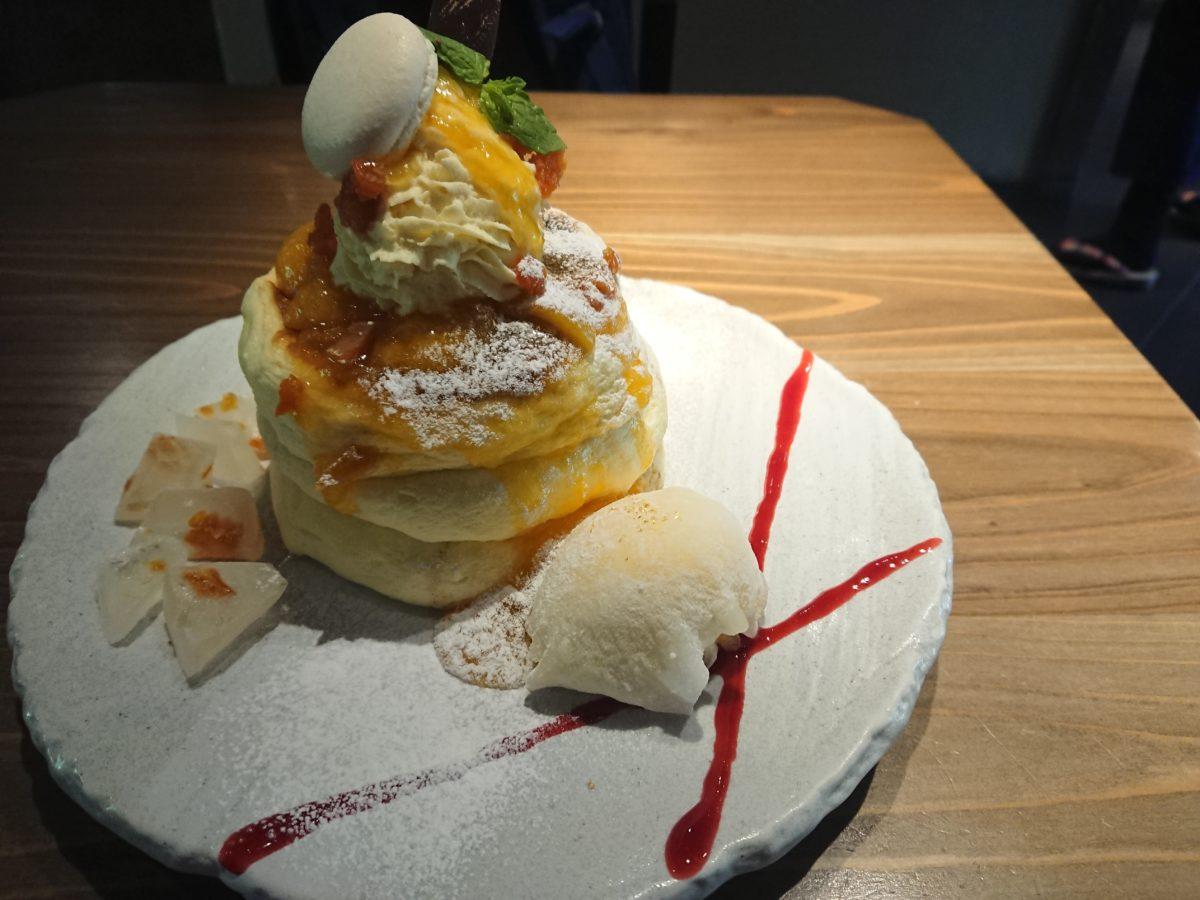 前田家伝来 氷室のあんずパンケーキ